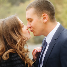 Wedding photographer Oksana Gnennaya (dp190192goi). Photo of 14.04.2018