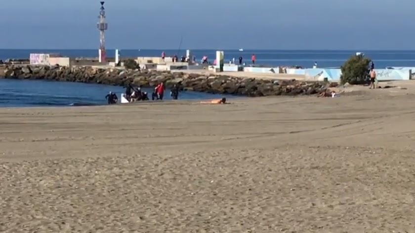 Una patera desembarca en El Zapillo en octubre