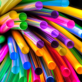 lights of colored straws by Fernando Ale - Artistic Objects Still Life