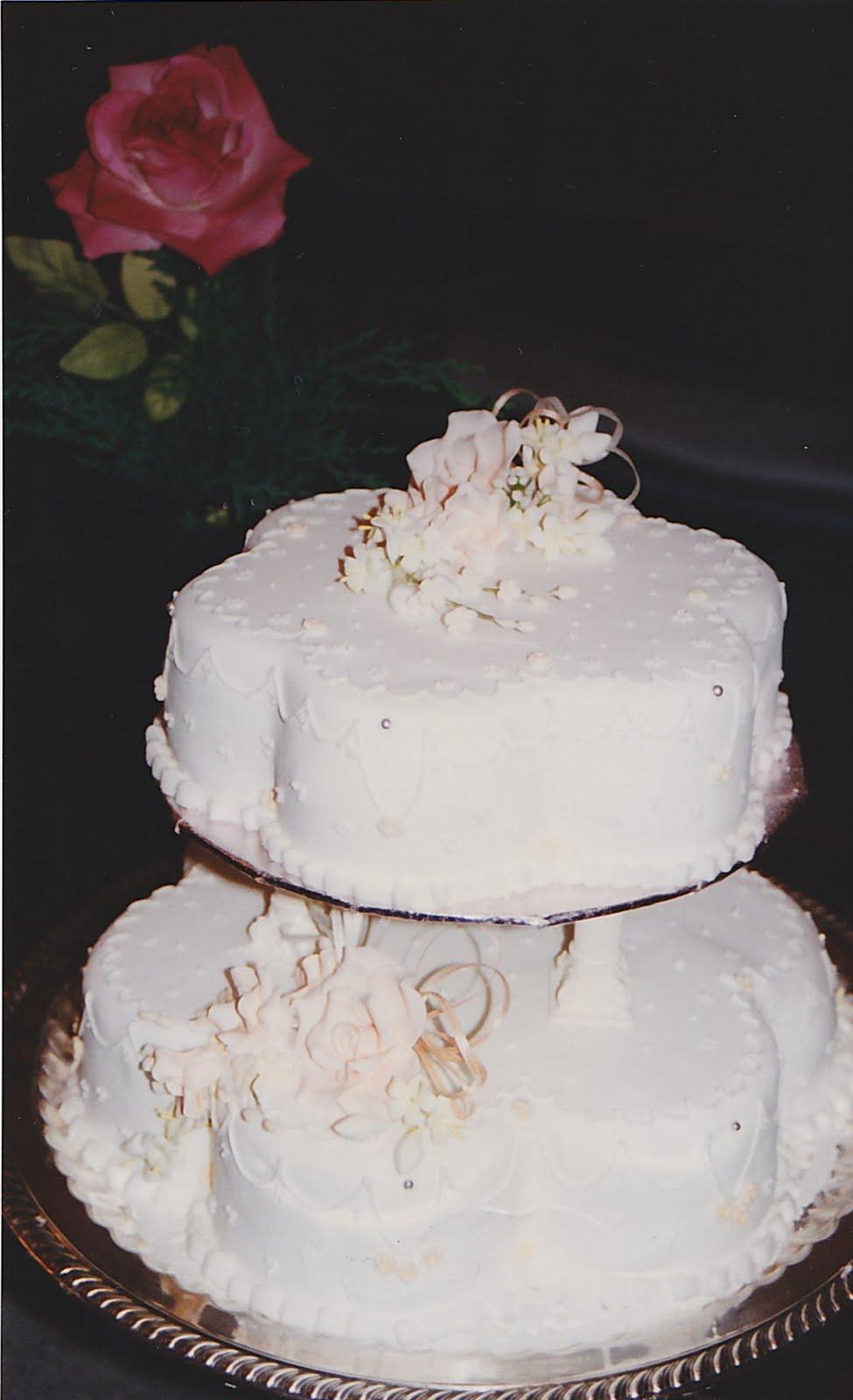 Turid\'s blog: backless lace wedding