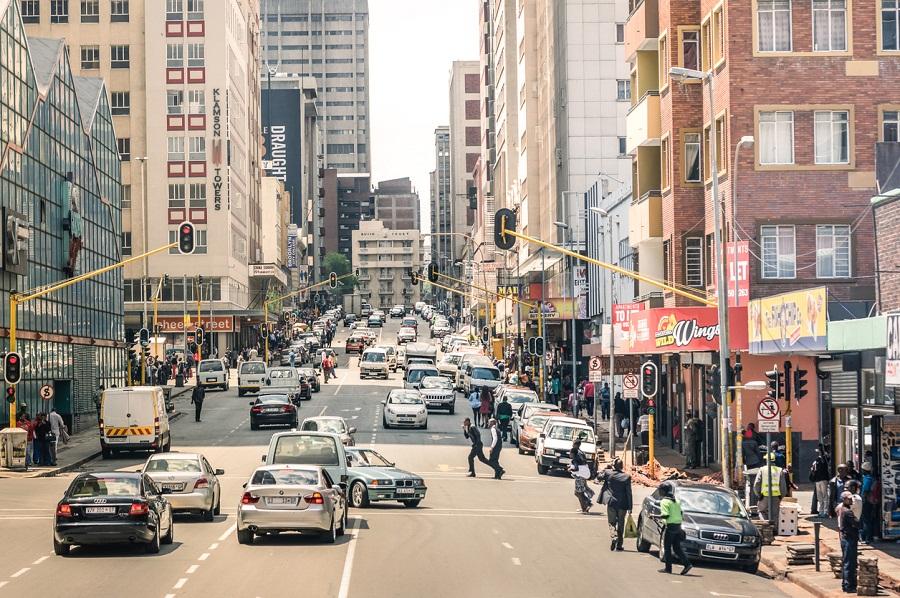 EFF beskuldig die regering daarvan dat hulle oorlog voer teen buitelandse burgers - SowetanLIVE Sunday World