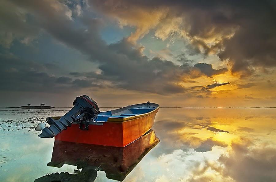 the Red by Oka Parmana - Transportation Boats ( bali, beach, nikon, boat )