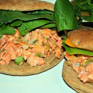 Wild Alaskan Salmon Sandwiches [translate]