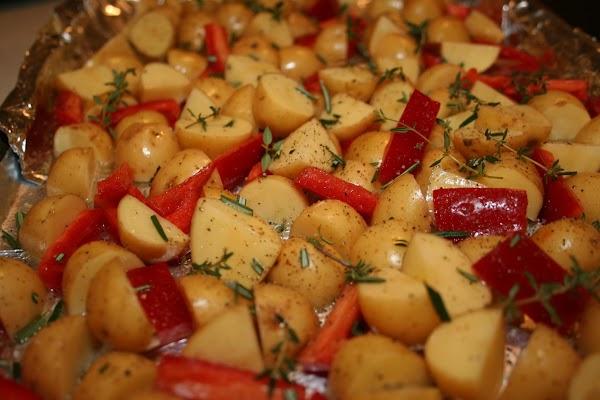 Sauteed Potatoes In Red Pepper Oil Recipe