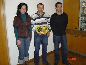 Photo: Am meisten Trainingsbesuche im 2008 2. Rang Luzia Kellerhals, 1. Rang Emil Berger, 3. Rang Heinz Zosso