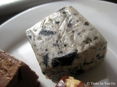 Cookies 'n Cream Fudge from Swiss Maid Fudge in Wisconsin Dells, WI - Photo by Taste As You Go