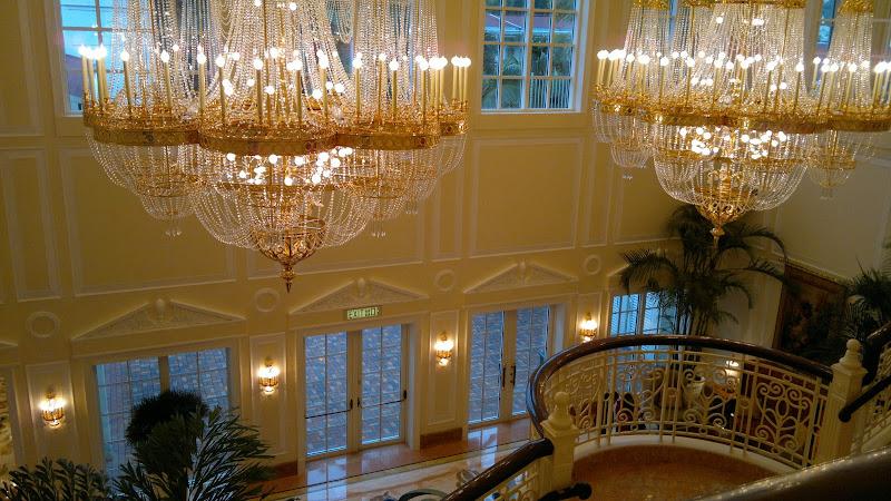 Hongkong Disneyland Hotel