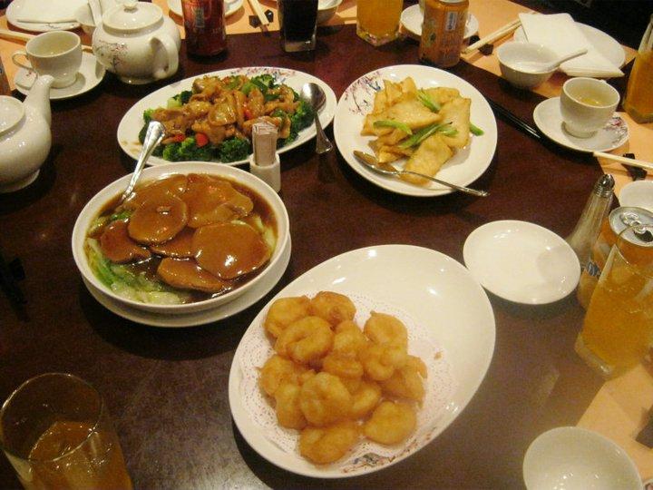 Makan%20di%20Plaza%20Inn Jalan Jalan Di Hongkong Disneyland, Pengalaman Tak Terlupa