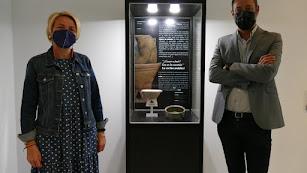 Presentación de la 'Pieza del mes' en el Museo de Almería.