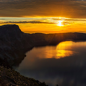 Crater Lake Sunrise by Jim O'Neill - Landscapes Sunsets & Sunrises ( oregon, crater lake, national parks, landscape, sunrsie )
