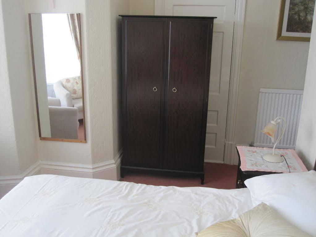 Bron Orme Private Hotel