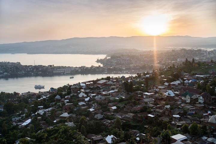 Paisagem de Bukavu, República Democrática do Congo e Lago Kivu