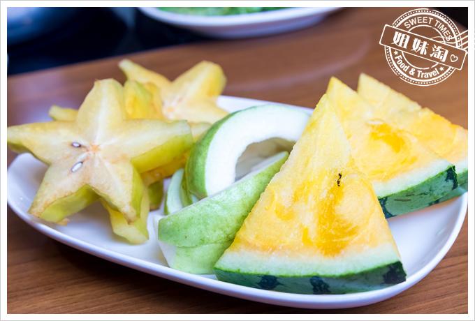 上竹林食草館養生汆燙鍋-水果