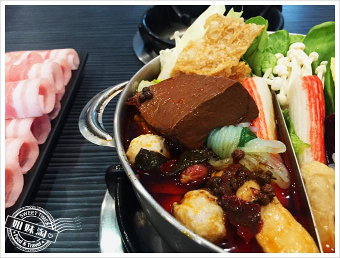 五鮮級麻辣鍋
