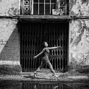 by Ayah Adit Qunyit - City,  Street & Park  Street Scenes (  )