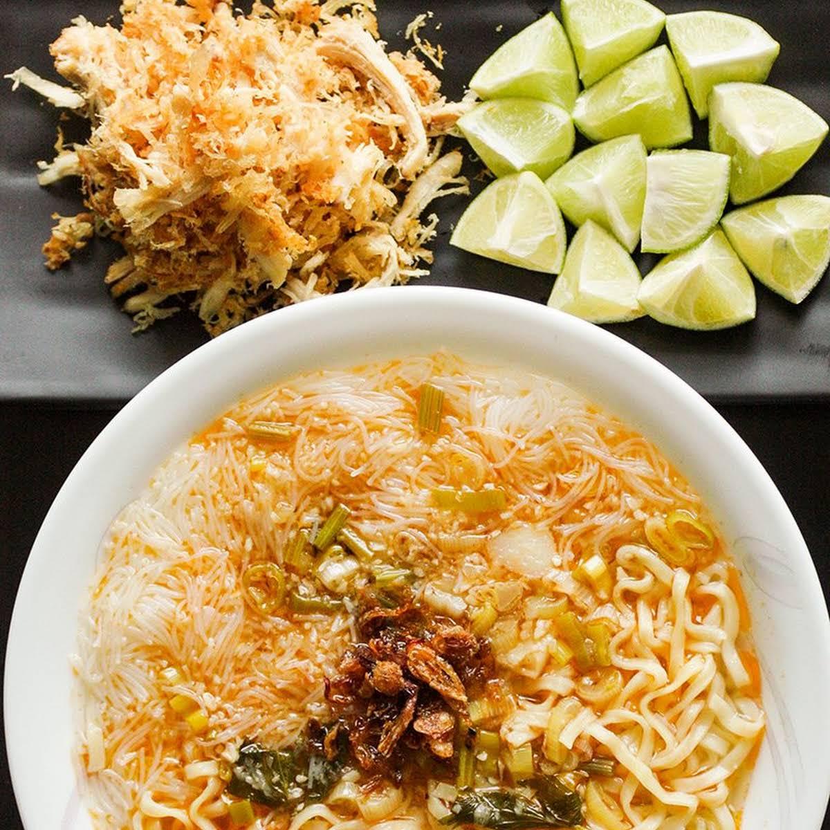 Mi Sop Medan - Medan Style Chicken Noodle Soup