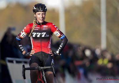 """Veldrittopper onder het mes na vervelende blessure in het mountainbiken: """"Grootste blessure uit mijn carrière"""""""