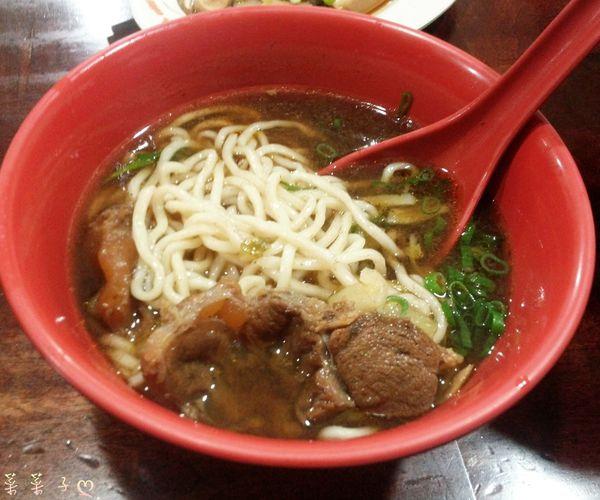 [林口長庚] 長庚醫院周邊店家 ♥ 『 巧合珍牛肉麵 』♥ 神秘湯頭之好吃牛肉麵 @ ✎菜菜子的美食手札ⓝⓞⓣⓔ