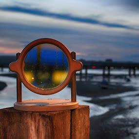 by Paul Jenking - Artistic Objects Glass