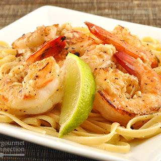 Linguine with Garlic and Black Pepper Shrimp