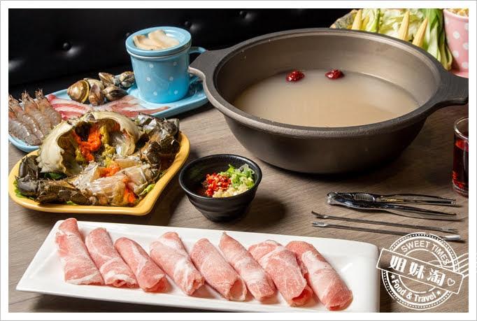 熊賀餐酒館海陸滿漢鍋