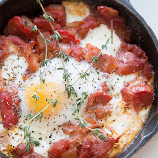 Baked Eggs & Tomatoes