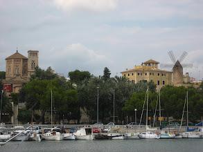 Photo: Palma de Mallorca'nın yeldeğirmenleri.    Wind mills of Palma de Mallorca.