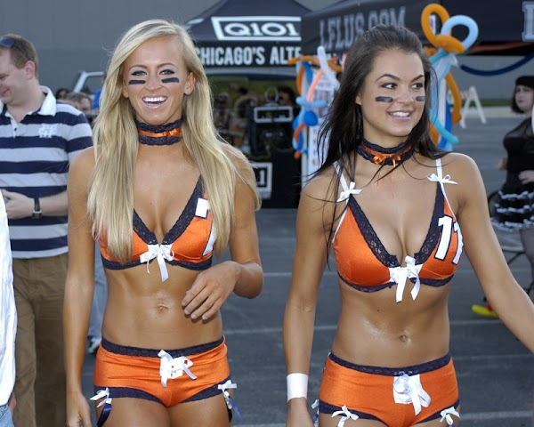 7 Reasons the Lingerie Football League is Better Than the NFL:holytaco-babes,girls games,beautiful girls,big girl,find a girl,pretty girls,fun girls,lingerie,big breasts0