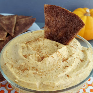 Baked Cinnamon Chips with Pumpkin Pie Dip
