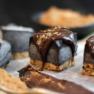 Black Cocoa Cashew Cream.