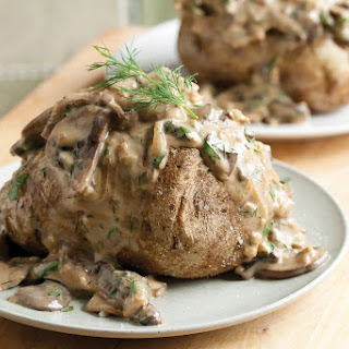 Baked Potatoes with Creamy Mushroom Ragout
