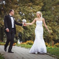 Wedding photographer Ivan Cyrkunovich (HiViv). Photo of 20.02.2014
