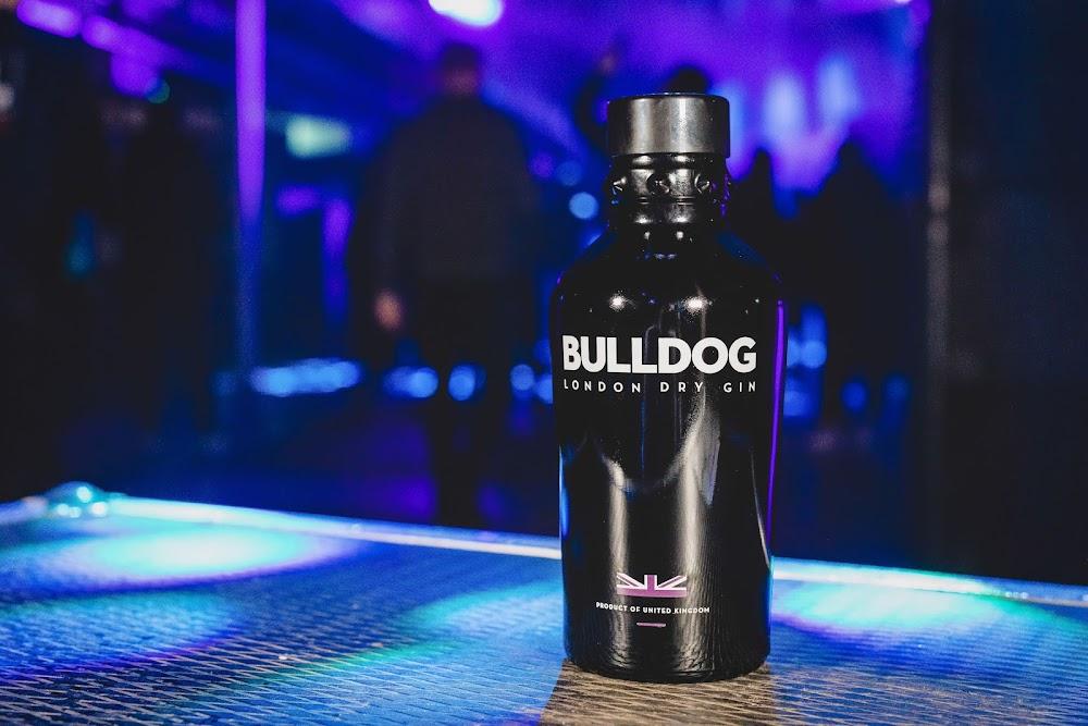 flavored_alcohol_brands_india_bulldog_image