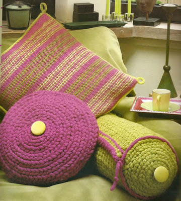 Cojines tejidos a palilla y a crocher en formas de de espiral y redondos lindo colorido para tu - Cojines redondos ...