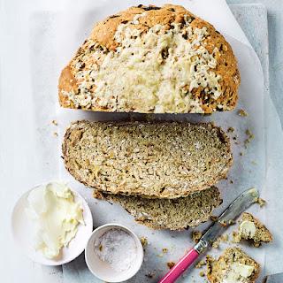 Speedy Cheddar and Onion Soda Bread Recipe