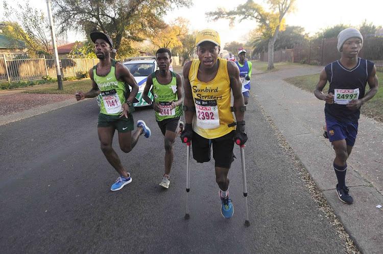 Amputee Runner Xolani Luvuno Completes The Comrades Marathon