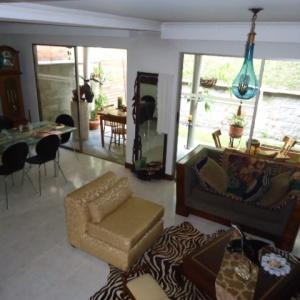 apartamento en venta las esmeraldas 585-2315