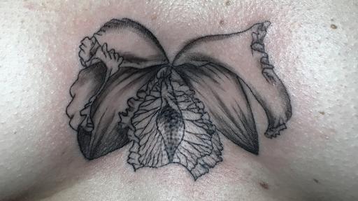 Orchidaceae clitorisvulvaris tatouage