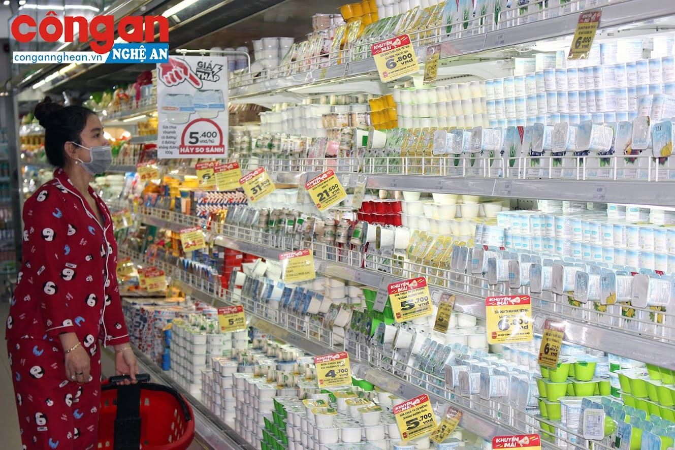 Các mặt hàng từ sữa rất nhiều