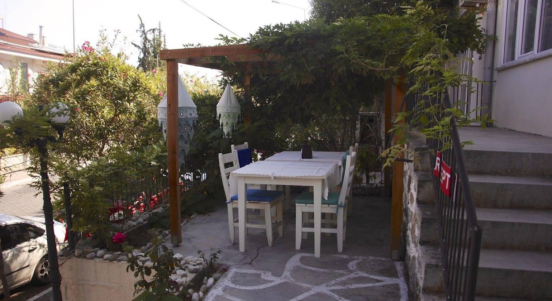 Yildirim Guesthouse