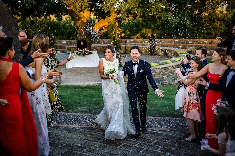 Wedding photographer Massimiliano Magliacca (Magliacca). Photo of 19.02.2019