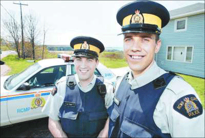 https://lh3.googleusercontent.com/_fw7iF68JR8k/TXgp3cG1gCI/AAAAAAABno8/sGKFHcP5yOk/RCMP-Gay-Officers-to-Wed-lo-773272.png