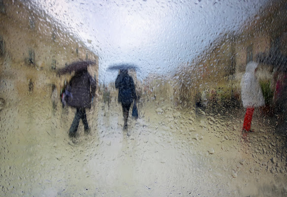 piove...guarda come piove di Marlak