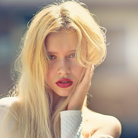 Darya by Crispin Lee - People Portraits of Women ( model, fashion, russian, outdoor, portrait )