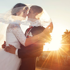 Wedding photographer Mikhail Lokotunin (lm2511). Photo of 20.09.2016
