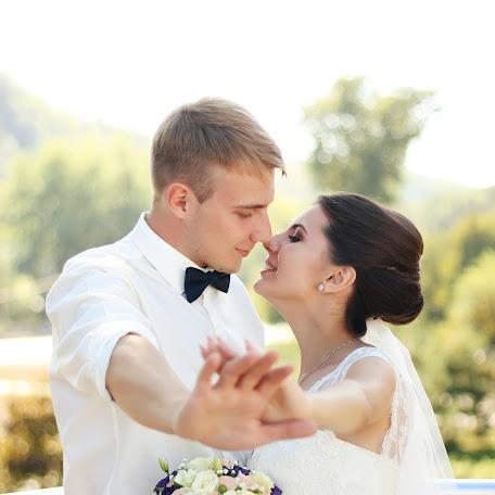 Wedding photographer Alena Dyageleva (dyageleva). Photo of 25.10.2017