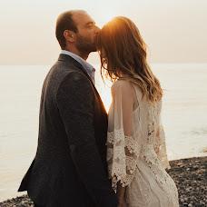 Wedding photographer Yulya Kamenskaya (kamensk). Photo of 14.02.2018