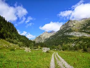 Photo: Llegando a la Cabaña del Turmó desde donde, hacia la derecha, sale una bonita ruta hacia el Perdiguero