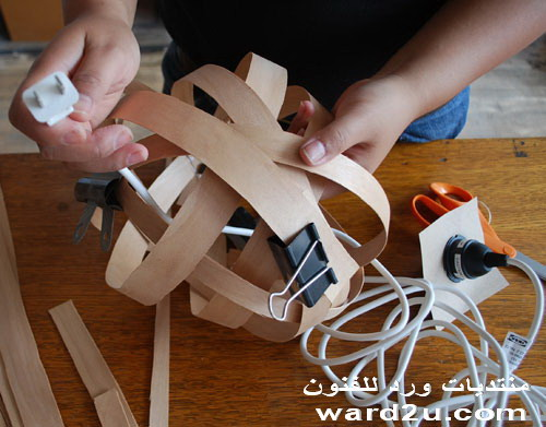 طريقة نسج الخشب لعمل غطاء لمبة