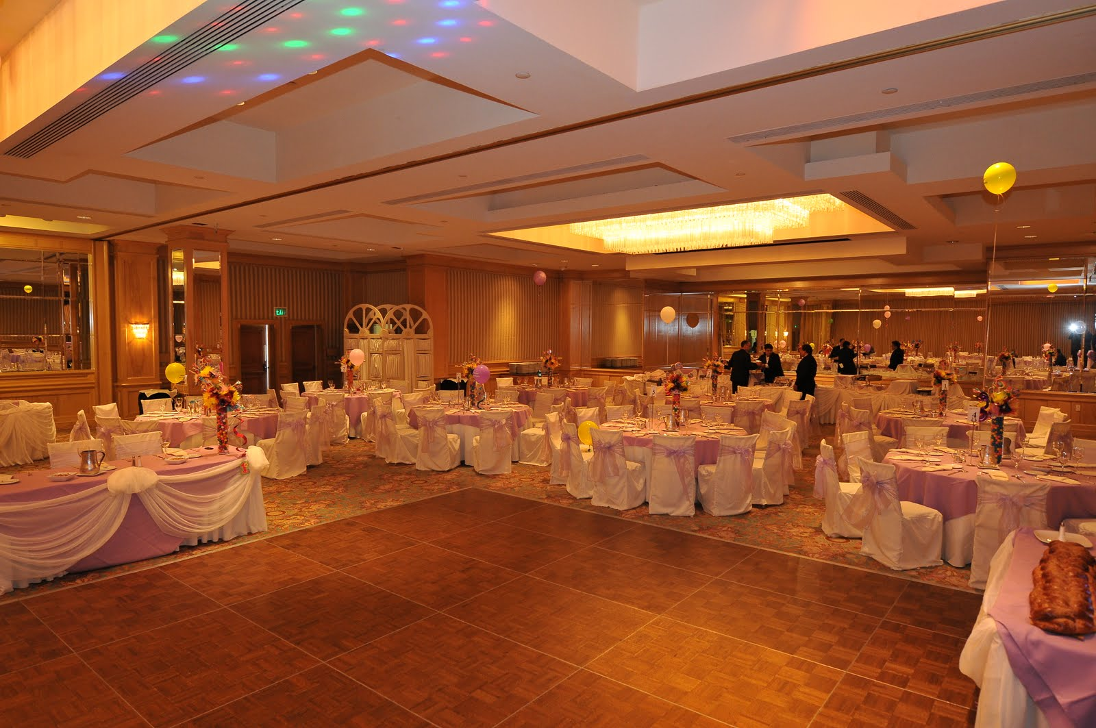 Mikaylas Blog Giusys Blog Cheap Wedding Decoration